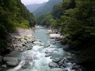 image14 400x300 秘境にある奇橋で大自然を満喫♡